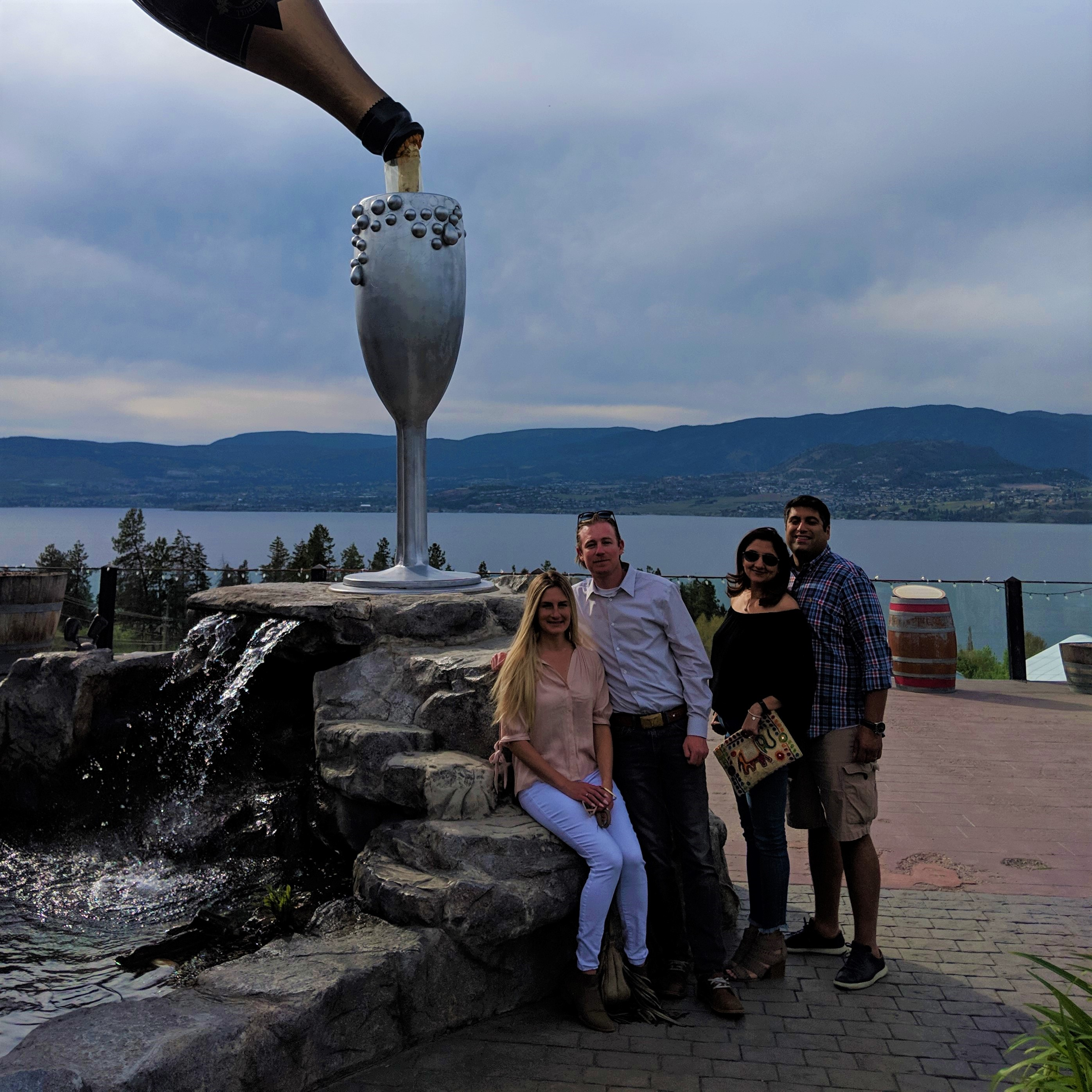 Guided Kelowna Wine Tour Lakeshore Wine Route